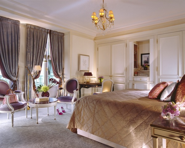 The bedrooms at Le Meurice Paris