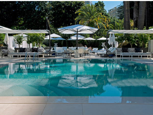 Odyssey restaurant and pool at Metropole Monaco