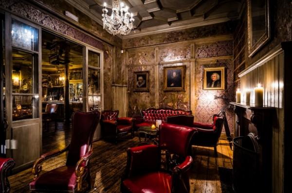 The bar at Paradise Kensal Green