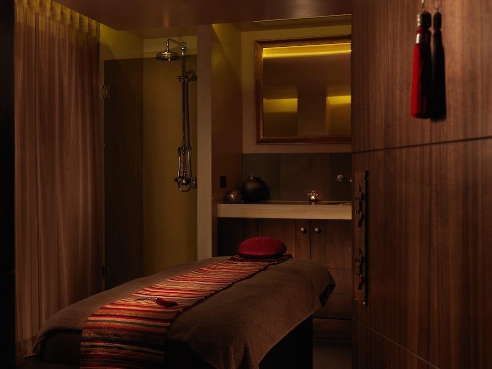 The treatment room at The Spa at Dolphin square