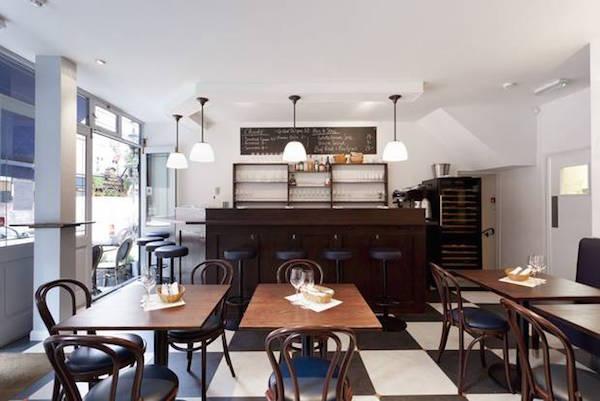 10 Cases restaurant in Covent Garden