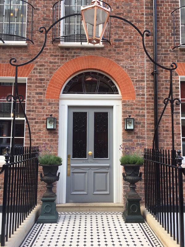 The entrance to the Zetter Townhouse Marylebone