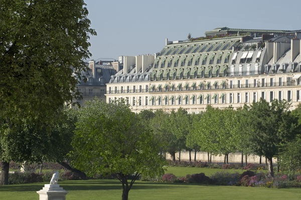 Le meurice paris luxury hotels in paris for Modern hotel paris