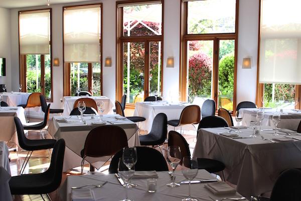 Napa valley the best hotels restaurants vineyards for The farm restaurant napa